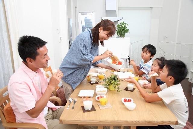 【食べる断食】食事を変えてライフスタイル、家族にまで変化が!