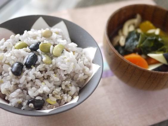 認知症になりたくなければ、米を食べなさい♪